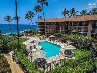 2 bedroom condo with a loft in oceanfront complex, amazing Ocean views - Kailua-Kona vacation rentals