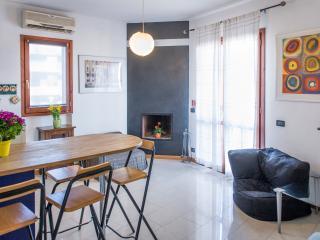 1 bedroom Condo with Internet Access in Ponte Galeria - Ponte Galeria vacation rentals
