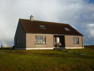 Comfortable 5 bedroom North Uist House with Television - North Uist vacation rentals