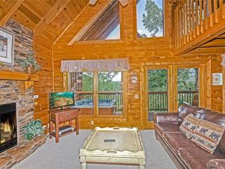 Perfect Cabin with Deck and Dishwasher - Pigeon Forge vacation rentals
