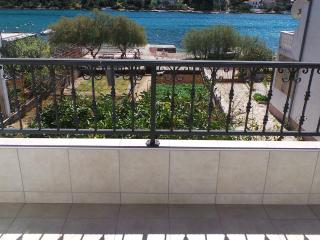 Apartment Neve & Goge for 6 with seaview - Grebastica vacation rentals