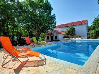 Holiday Villa with swimming pool - near Split - Trilj vacation rentals
