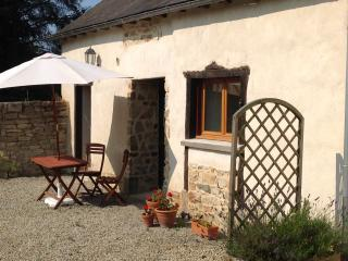 La Marette Gites - Parsley Cottage - Caulnes vacation rentals