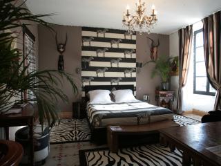 Safarichic - Sumene vacation rentals