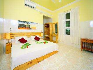 Nice 3 bedroom North Male Atoll Guest house with Deck - North Male Atoll vacation rentals