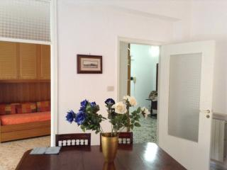 Appartamento Gaeta Medievale - Gaeta vacation rentals