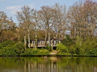 Great Combe Lodge, 12 Indio Lake located in Bovey Tracey, Devon - Bovey Tracey vacation rentals