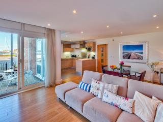 28 Marinus Apartments located in Cowes, Isle Of Wight - Cowes vacation rentals