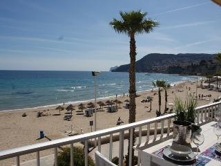 Luxury Beach Apartment Gabriel Miro. First line! - Calpe vacation rentals