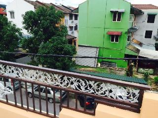 Nice House with A/C and Washing Machine - Ampang vacation rentals