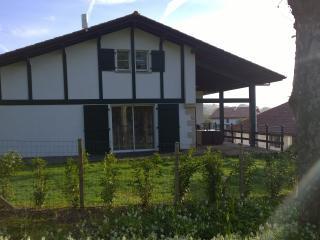 Location Maison de  200 m² à 300 mètres de Sare - Sare vacation rentals