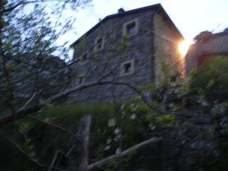 Romantic 1 bedroom Cottage in Ricco del Golfo di Spezia - Ricco del Golfo di Spezia vacation rentals