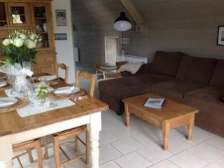 Beautiful Gite with Internet Access and Dishwasher - Les Pieux vacation rentals