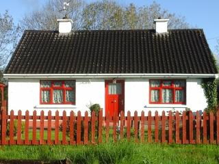 3 bedroom Cottage with Satellite Or Cable TV in Farranfore - Farranfore vacation rentals