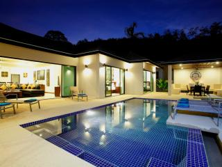 ONYX: 4 Bedroom Private Pool Villa near Beach - Nai Harn vacation rentals