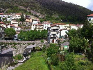 2 bedroom Condo with Television in Pigna - Pigna vacation rentals