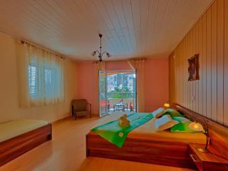 Apartments Komazin- SUNCE - Hvar vacation rentals