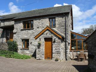 Hayloft Luxury Barn nr Cartmel & Grange over Sands - Allithwaite vacation rentals