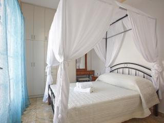 Loukas&Emma Family Houses- Two Bedroom apartment - Perissa vacation rentals