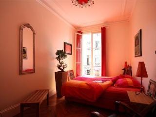 A room in Paris, Paris.Bed & Breakfast - Paris vacation rentals