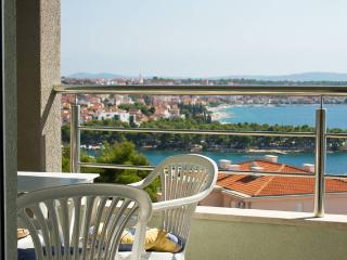 Sailor's Haven Trogir Seaview 2BR Apartment - Trogir vacation rentals
