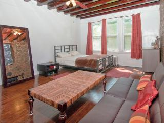 Fit Everyone: 2 Apts 2 Kitchens 4 Bedrooms 1 House - Brooklyn vacation rentals