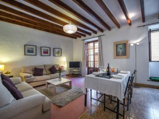 Nice 1 bedroom Villa in Pollenca - Pollenca vacation rentals