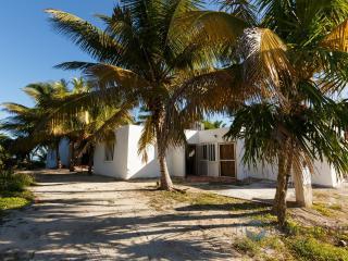 Nice 1 bedroom Condo in El Cuyo - El Cuyo vacation rentals