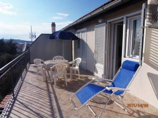 Apartment Milka for 4 with terrace - Brodarica vacation rentals