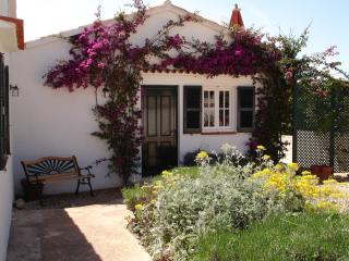 Lovely 4 bedroom Cala'n Porter Villa with A/C - Cala'n Porter vacation rentals