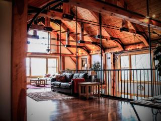 Beautiful Lodge with Deck and A/C - Spring Mills vacation rentals