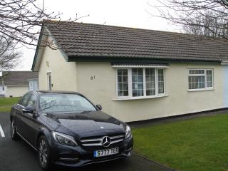 Gower Holiday Bungalow, pool, indoor/outdoor play areas.Heating included - Scurlage vacation rentals