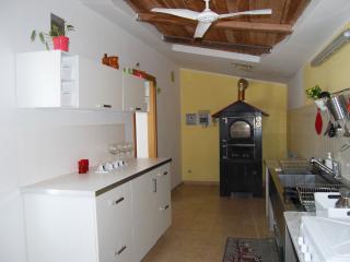 Casa Vacanze Basilicò in campagna, vicino al mare - Carlentini vacation rentals