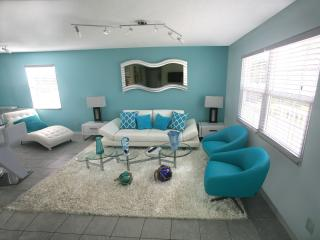 FAIRWEATHER3 ,3 BEDROOM , WITH POOLL,WALK TO BEACH AND TOIME SQUARE! - Fort Myers Beach vacation rentals