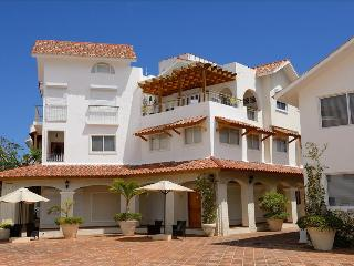 Beautiful 2 bedroom Apartment in Bayahibe - Bayahibe vacation rentals