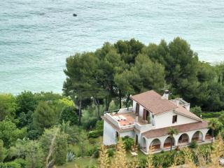Villa Prestigiosa sul Mare Marche - Pedaso vacation rentals