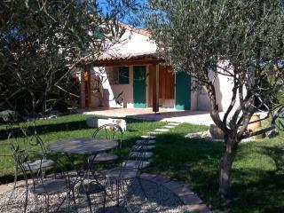 1 bedroom House with Internet Access in Eyguieres - Eyguieres vacation rentals