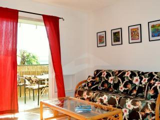 2 Bedrooms-Sleeps 6-Amazing Location-View-Pool! - Kailua-Kona vacation rentals