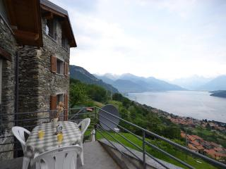 Romantic Condo with Internet Access and Garden - Pianello del Lario vacation rentals