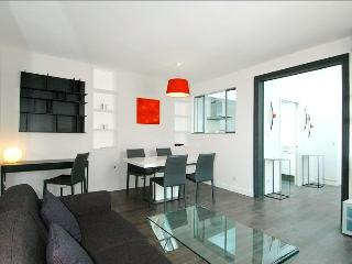 Saint Peres - Paris vacation rentals