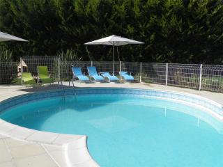 Nice Gite with Internet Access and Tennis Court - Matha vacation rentals