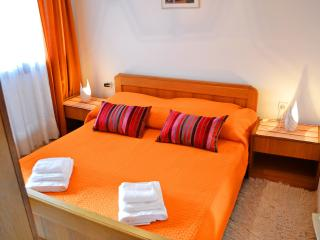 Cozy Apartment with Internet Access and Short Breaks Allowed - Zadar vacation rentals