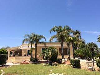 Rent  Villas front   the  sea - Avola vacation rentals