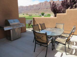 Grey Pearl ~ Q3 - Moab vacation rentals