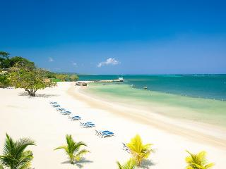 Pristine Bay Beach Villa 101 - Roatan vacation rentals