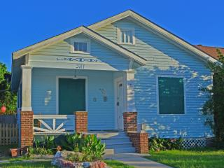 Cozy, Private,Butterfly Flower Garden with Spa - Galveston vacation rentals