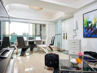 TICKTOCK 2!WOW FACTOR 4bed/3bath OCEANVIEW KOWLOON - Hong Kong vacation rentals