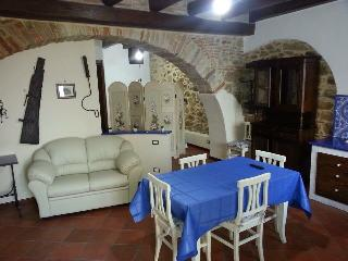 Cozy 2 bedroom Townhouse in Castel di Tusa - Castel di Tusa vacation rentals