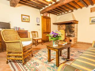 La Grancia Country Resort Apt3 - Montisi vacation rentals