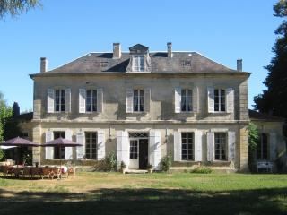 Charming family friendly home with large pool, set in 3 acres of private gardens - Saint-Medard-de-Mussidan vacation rentals